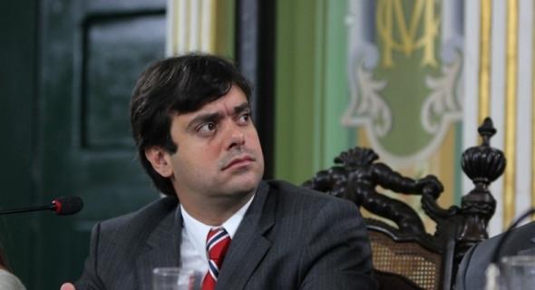 Resultado de imagem para Tiago Correia reclama ausência de água em Salvador
